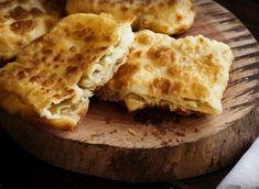 Τυρόπιτες Καρύστου | HuffPost Greece Cheese Pies, Greek Recipes, Apple Pie, Cooking, Desserts, Greek Beauty, Dairy, Pizza, Brot