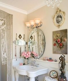 Gorgeous !!! my dream bathroom setting ahhh love it