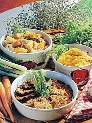 Porkkana-raejuustopihvit Mashed Potatoes, Ethnic Recipes, Food, Whipped Potatoes, Smash Potatoes, Essen, Meals, Yemek, Eten