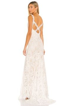 HEARTLOOM Della Gown in Ivory from Revolve.com White Dresses For Women, White Gowns, Nice Dresses, Formal Dresses, Wedding Rehearsal Outfit, Cute White Dress, Revolve Clothing, Spring Dresses, Designer Wedding Dresses