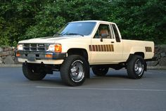 85 Toyota 4x4. One day I'm gonna have a black one, just like Marty McFly