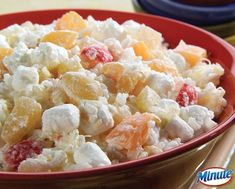 Mom's Glorified Rice: A tasty dessert using #MinuteRice that everyone in your family will enjoy.
