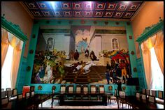 Aquí se muestra El Salón de Los Escudos en la Asamblea Nacional, es un lugar emblemático, histórico por donde han pasado sucesos que marcan la historia política del país. Caracas, Venezuela. Muy bello espacio sin duda.
