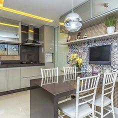 Cozinha lindaaaaaa com ladrilhos hidraulicos que eu amo! Projeto Renove Arquitetura  #inspiracao #decoracao #cozinha #kitchen #ladrilhohidraulico #lindo #amazing #instagood #decoration #love #olioliteam #designlifestyle #designlovers #arqdesign