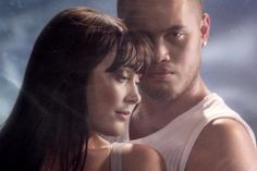 Video Premiere: Ginny Blackmore & Stan Walker - Holding You