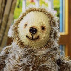 Sloth knitting pattern frow wool shop www.woolstop.co.uk
