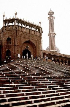 mosque steps, India