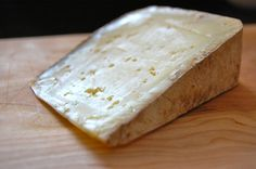 Ekiola Ardi Gasna, Sheep's Milk, French Basque Country Spanish Cheese, French Cheese, Sheep Cheese, Goat Cheese, Charcuterie, Creamy Cheese, Basque Country, Wine Cheese, How To Make Cheese