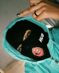 Girl Gang Aesthetic, Badass Aesthetic, Black Girl Aesthetic, Aesthetic Grunge, Fille Gangsta, Thug Girl, Hood Girls, Bad Girl Wallpaper, Gangster Girl