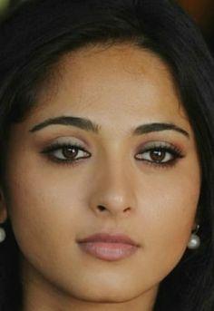 Eye Sketch, Actress Anushka, Ileana D'cruz, Actor Photo, Beautiful Girl Indian, Bollywood Celebrities, India Beauty, Girl Face, Indian Actresses