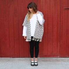 15colgadasdeunapercha_fall_otoño_2014_kimono_b&w_black_and_white_blanco_y_negro_mocasines_loafers_anna_duarte_1