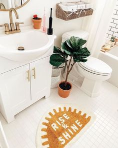 urban outfitters apartment \ urban outfitters bedroom + urban outfitters + urban outfitters clothes + urban outfitters home + urban outfitters outfit + urban outfitters apartment + urban outfitters bathroom + urban outfitters aesthetic First Apartment, Dream Apartment, Apartment Living, Peach Bathroom, Urban Outfitters Home, Urban Outfitters Apartment, Uo Home, Room Goals, Bathroom Inspiration