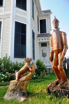 The Wood Statues of Galveston  -  The wooden statues of Galveston, Texas` - made from hurricane-ravaged trees.