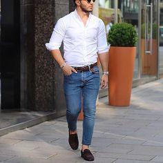 "7,205 Me gusta, 29 comentarios - Modern Men Casual Style (@modernmencasualstyle) en Instagram: ""Simple and clean . #modernmencasualstyle"""