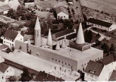 "Church ""Herz Jesu"" (1956-69) in Bergisch-Gladbach, Germany, by Gottfried Böhm"