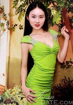 v One Shoulder, Formal Dresses, Fashion, Dresses For Formal, Moda, Formal Gowns, Fashion Styles, Formal Dress, Gowns