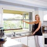 Retractable Fly Screen Windows Melbourne - Blockout Blinds offers high quality Retractable Fly Screen Windows with an unbeatable 5 way guraantee. Kitchen Window Blinds, Blinds For Windows, Blockout Blinds, Pass Through Window, Aluminium Windows, Screened In Porch, Kitchen Reno, Shutters, Farmhouse Style
