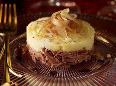 Découvrez la recette Parmentier de confit de canard sur cuisineactuelle.fr.
