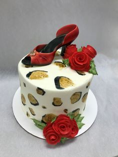 Cheetah Shoe Cake! 🌹🐆