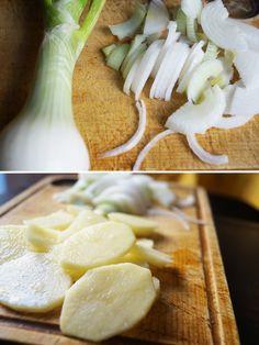 Cebolla y patatas para hacer una tortilla de patatas estupenda :)