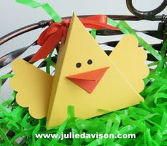 Julie's Stamping Spot -- Stampin' Up! Project Ideas Posted Daily: VIDEO: Easter Bunny & Chick Triangle Boxes
