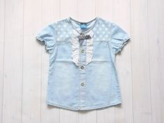 Light+blue+girls'+jean+button+up+top.+This+short+sleeved+blouse+has+so+many+cute+details+on+the+front!+There+is+ruched+cotton+lace+on+eith…