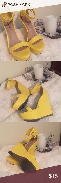Women's gorgeous wedges Worn 2 times in good condition Shoes Wedges