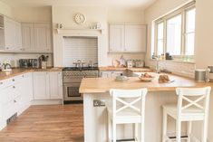 My Kitchen Diner Renovation (with Before + After pics) | Fifi McGee | Interiors + Renovation Blog Country Kitchen Diner, Kitchen Cost, Modern Farmhouse Kitchens, New Kitchen, Farmhouse Decor, Kitchen Pics, Kitchen Layouts, Awesome Kitchen, Country Decor