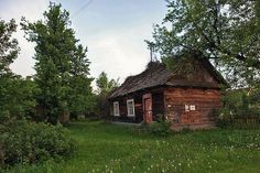 Podlasie, Poland My mother grew up in a cottage just like this one. Country Life, Country Living, Country Houses, Poland History, House In Nature, House Doors, Cottage Design, Krakow, Landscape Photos