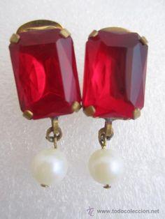 Muy bellos y elegantes pendientes vintage con finos cristales de bohemia