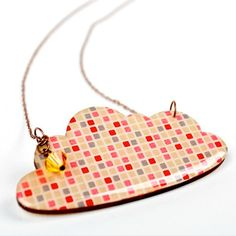 These Washi cloud pendants are made with a 75mm / 3� wooden cloud pendant, Japanese Washi tape and resin, hanging on an antique brass chain, clasp with a glass bead.  The antique brass chain comes on a standard 50cm / 19� chain.  Comes presented in a red