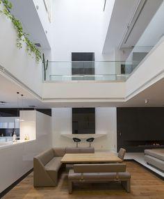 Luxurious Sharifi-ha House In Tehran, Iran by architect Alireza Taghaboni from Nextoffice