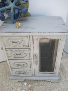 Shabby Old White Chalk Painted Wood Jewelry Box Small jewelry box