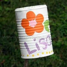 Tin Can Name Plates are cool painting projects for kids that they can paint and personalize. Kids can make crafts from recycled materials with this easy nameplate from a soup can. It makes a fun decorative craft project for summer camp too!