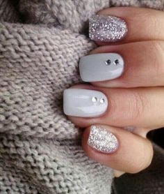 Nail art is a very popular trend these days and every woman you meet seems to have beautiful nails. It used to be that women would just go get a manicure or pedicure to get their nails trimmed and shaped with just a few coats of plain nail polish. Hair And Nails, My Nails, Cute Gel Nails, Prom Nails, Matte Nails, Diy Gel Nails, Pointy Nails, Homecoming Nails, White Nail Art