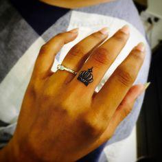Finger crown tattoo