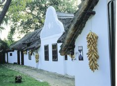 Bauernhaus in Podersdorf am Neusiedlersee, Burgenland, © IMAGNO/Gerhard Trumler Austria, Heart Of Europe, Bavaria, Vienna, Places To Go, Fine Art, Travel, Historical Pictures, Hungary