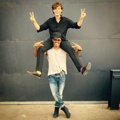 matthew gray gublerVerified account ‏@GUBLERNATION me and my favorite big brother/life coach/pogo stick. (p.s he doesn't know i'm slightly peeing on his neck)