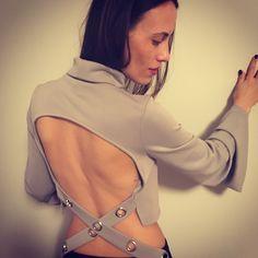 Bare back blouse