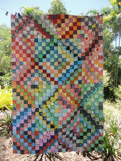 Fun Fabric Quilts--great tips on the fabric selections for the Scrappy Trip along