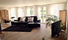 Wunderschöne 4.5 Zimmer Wohnung auf zwei Etagen in renoviertem Bauernhaus in Reinach zu vermieten.