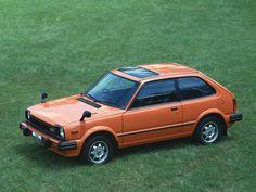 1979-83 Honda Civic  #Honda #HondaCivic #HondaCars Retro Cars, Vintage Cars, Honda Civic Hatchback, Honda Models, Honda Cars, Japanese Cars, Car Photography, Cars Motorcycles, Dream Cars