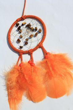 Tigerauge im orange Traumfänger- Dreamcatcher von Traumnetz.com  - Kraft der Steine   Besondere Geschenke auf DaWanda.com