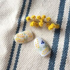 milky0109『ミモザの日』はイタリアで男性が日頃の感謝を込めて、大切な女性にミモザを贈る日。 素敵な習慣ですね。 ミモザネイルを作ってみました。 私は、頑張ってる女性に ネイルでミモザをプレゼントです☺︎ #ミモザネイル #ミモザ #mimosa #春ネイル #ネイルチップ #ネイル#nail#nails#naildesign#ネイルサロン#ネイリスト#ジェルネイル#gel#ネイルアート#トリシア#tricia#銀座#銀座ネイルサロン#ネイルデザイン#nailart#美甲#美甲店
