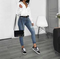 Outfits casuales con tenis – Moda y Estilo - Bestworld Tutorial and Ideas Look Fashion, 90s Fashion, Fashion Outfits, Womens Fashion, Trendy Fashion, Fashion Ideas, Fashion Mode, Office Fashion, Fashion Vintage
