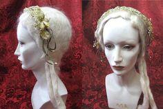 Lovely 1920's Wax Flower Bridal Headpiece. Ignore the scary manikin.