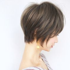 Pixie Hairstyles, Short Hairstyles For Women, Hairstyles With Bangs, Pretty Hairstyles, Short Hair With Bangs, Girl Short Hair, Short Hair Cuts, Short Layered Haircuts, Modern Haircuts