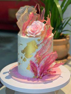 Modern Birthday Cakes, Beautiful Birthday Cakes, Beautiful Cakes, Girly Cakes, Fancy Cakes, Cake Decorating Videos, Cake Decorating Techniques, Fondant Cakes, Cupcake Cakes
