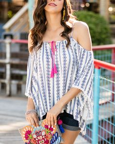 Love this cold shoulder top