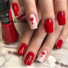 Clique na Foto 2 Vezes e Aprenda Fazer Lindas Unhas de Gel, Acrigel e de Fibra. Red Acrylic Nails, Red Nails, Nail Swag, Fancy Nails, Pretty Nails, Valentine's Day Nail Designs, Valentine Nail Art, Manicure E Pedicure, Heart Nails